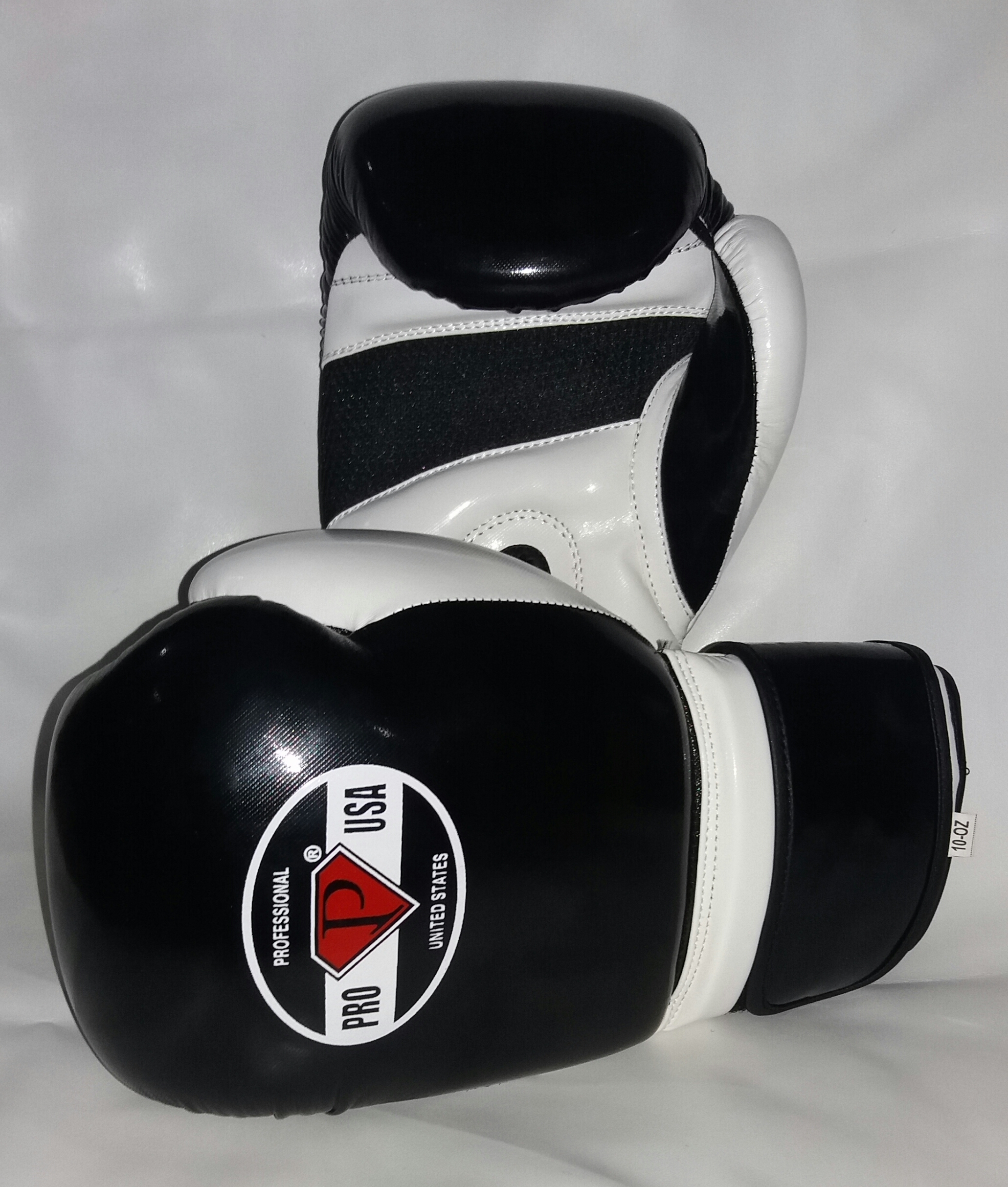 PRO USA Deluxe Training Gloves